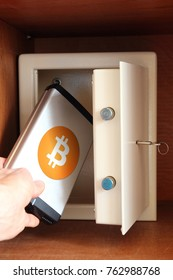 Man puts external hard drive with Bitcoin in safe