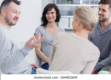 Man sharing a story during a support session for addicts
