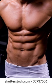 Man show abdominal