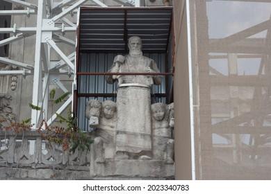 Man statue ( Hiram Usta) located in the building of the Ziraat bank ( Ziraat Bankası) of Karaköy Beyoglu district in Istanbul 11 August 2021 The building is in reconstruction, restoration