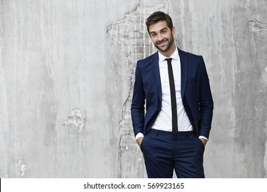 Man in suit looking sharp, portrait
