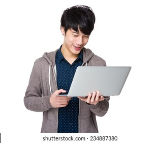 Man use of notebook computer