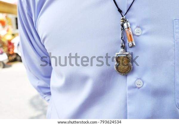 collier homme thailandais