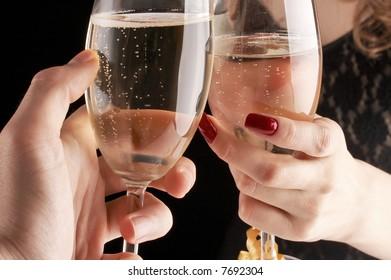 Što biste radili s osobom iznad, prikaži slikom - Page 21 Man-woman-having-toast-new-260nw-7692304