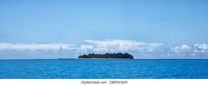 Managawa Island I saw on the ship during my Saipan trip.