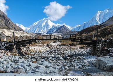 Manaslu mountain circuit trek. Nepal. Himalaya.