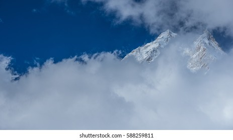 Manaslu & Pung Gyen glaciers, Manaslu & Ngadi Chuli mountains on acclimatization hike from Shyala village to Pung Gyen Gompa (temple) & Ramen Kharka (pasture), Manaslu Circuit, Manaslu Himal, Nepal