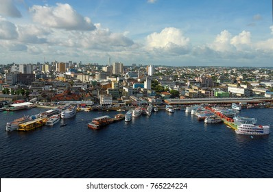 Manaus, September 4, 2006. Aerial view of the regional craft port of the city of Manaus, capital of Amazonas, Brazil