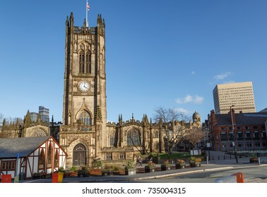 Manchester Cathedral is located in the city center of Manchester, UK