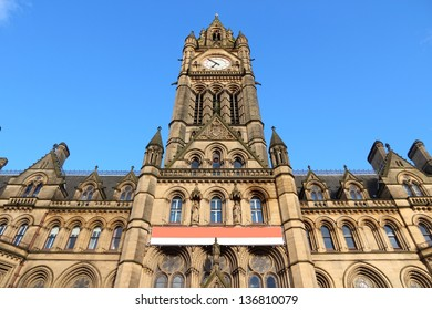 Manchester - city in North West England (UK). City Hall.