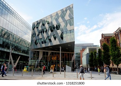 MANCHESTER, UK - AUGUST 10,2018: 1 The Avenue building, opened in 2009, near Deansgate in the Spinningfields area of Manchester, currently home to the Giorgio Armani store.