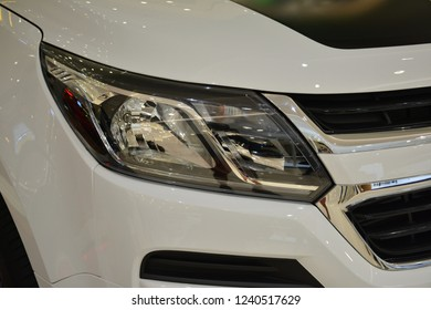 MANDALUYONG, PH - NOV. 22: Chevrolet Trailblazer sub urban vehicle head light on November 22, 2018 in Mandaluyong, Philippines. Chevrolet brand is a manufacturer of cars in USA.