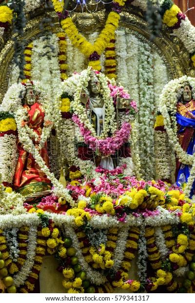 Mandir Bur Dubai Hindu Temple Stock Photo Edit Now 579341317