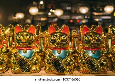Maneki-neko - Chinese lucky cat