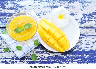 mango smoothie.