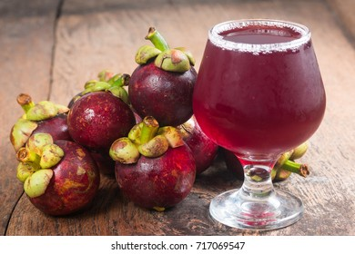 Mangosteen and juice Fresh