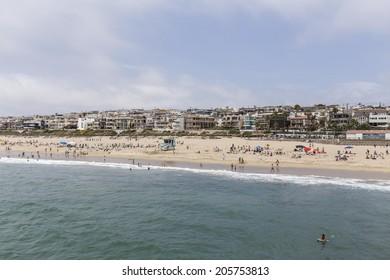 Beach Goers Images, Stock Photos & Vectors | Shutterstock