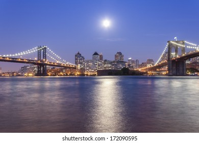 Manhattan Bridge and Brooklyn Bridge - NYC