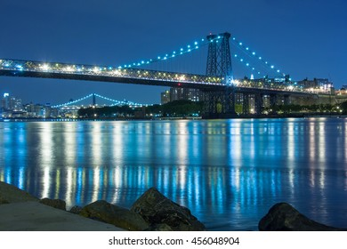 The Manhattan Bridge crossing the East River in New York at night
