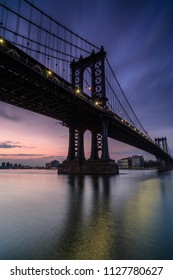 Manhattan bridge view at sunrise