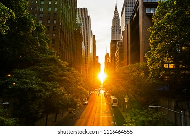 The Manhattan Henge