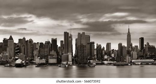 Manhattan midtown skyscrapers and New York City skyline