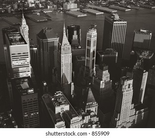 Manhattan from WTC observation deck in May 1999