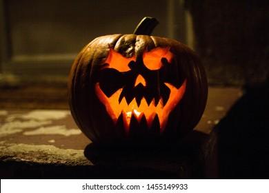 Maniacal Pumpkin Jack on Stoop
