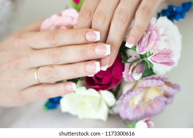 Manicure on a bouquet. Wedding manicure. Manicure shellac Wedding details, preparation