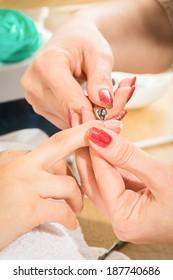 manicure procedure