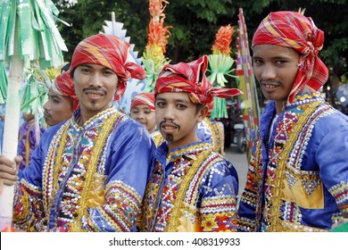 """MANILA APRIL 16: Contingent in The Aliwan Fiesta on April 16, 2016 in Manila, Philippines.  Aliwan celebrated with cultural presentation & street dance competition. """"editorial"""""""