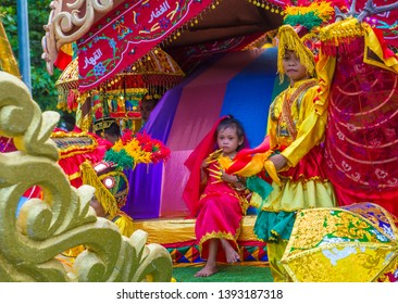MANILA , PHILIPPINES - APRIL 27 :Participant in the Aliwan fiesta in Manila Philippines on April 27 2019. It's an annual event that gathers different cultural festivals of the Philippines