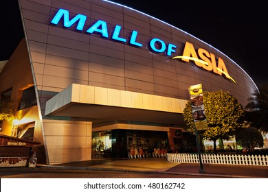 MANILA, PHILIPPINES - FEBRUARY 23: SM Mall of Asia (MOA) is a 2nd largest mall in the Philippines on February 23, 2013 in Manila, Philippines.