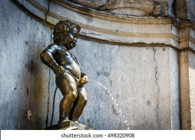 Manneken Pis (Little man Pee) or le Petit Julien, a landmark small bronze sculpture in Brussels, Belgium