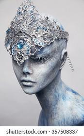 Mannequin in snow queen crown