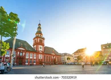 Mannheim, Market