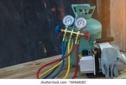 manometers,vacuum pump measuring equipment for filling air conditioners