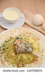 Mansaf Jordanian food