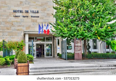 Mantes la Jolie, France - october 18 2016 : the city hall