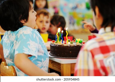 Happy Birthday in Arabic Stock Photos, Images & Photography