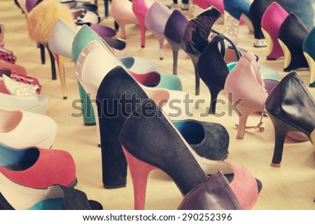 many-different-colorful-shoes-market-450