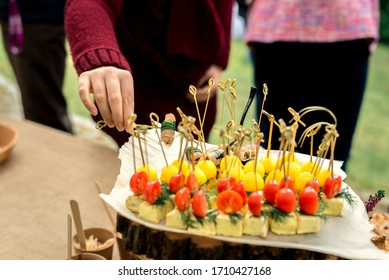 Many different vegetable canapes for the whole frame.