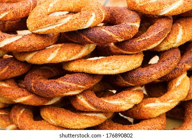 Many fresh Turkish bagels with sesame