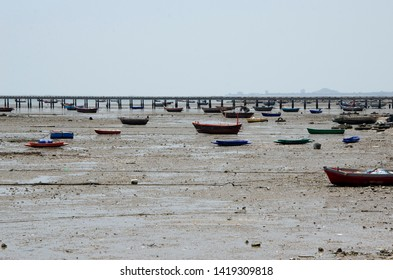 many of old boat and dry beach without water
