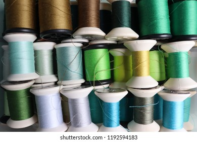 many row of Colorful thread for sewing