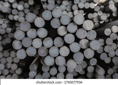 Many steel round bars in stock