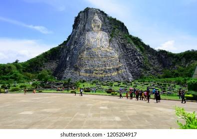 Many Thai people travelled Khao Chee chan sculptural buddha image at Wat Yannasangwararam Worawiharn temple, Amphoe Banglamung, Chonburi province, Thailand.(15/10/2018)