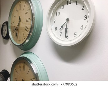Many wall clocks
