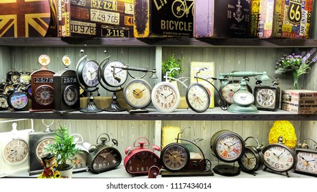 Many watches in the vintage.