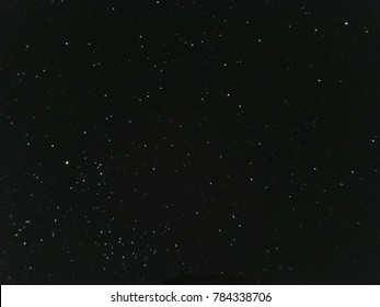 many white stars in the night sky